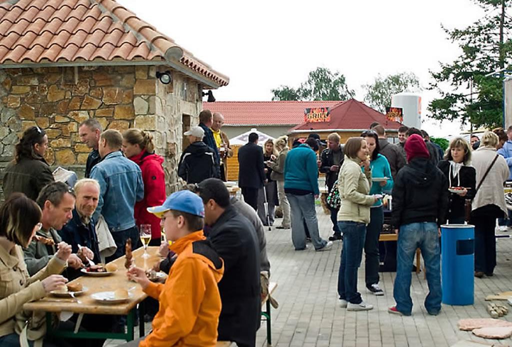 Feste arbeiten, Feste feiern - Landschaftsbau Gartenbau - Galeriebild