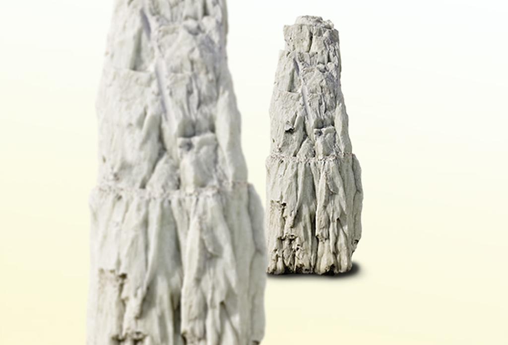 Weißer Marmor als Solitärstein - Olivenholz - Galeriebild